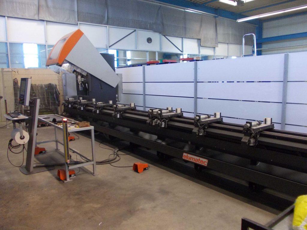 Maschinenpark: Bearbeitungszentrum elumatec SBZ 130