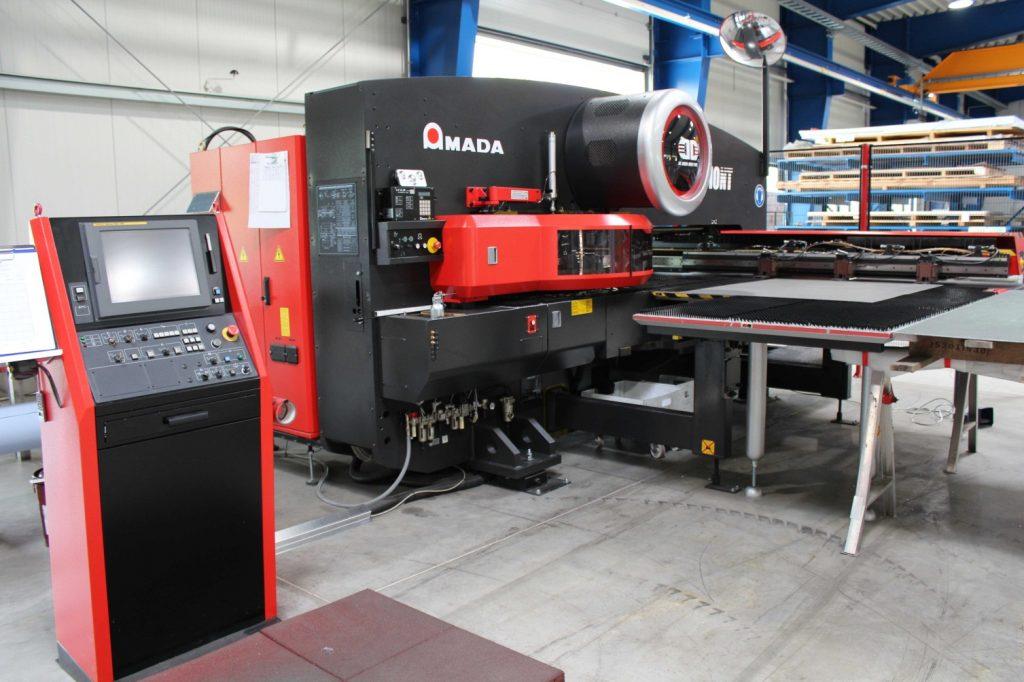 Maschinenpark: Revolverstanzautomat Amada EM Z-3510 NT