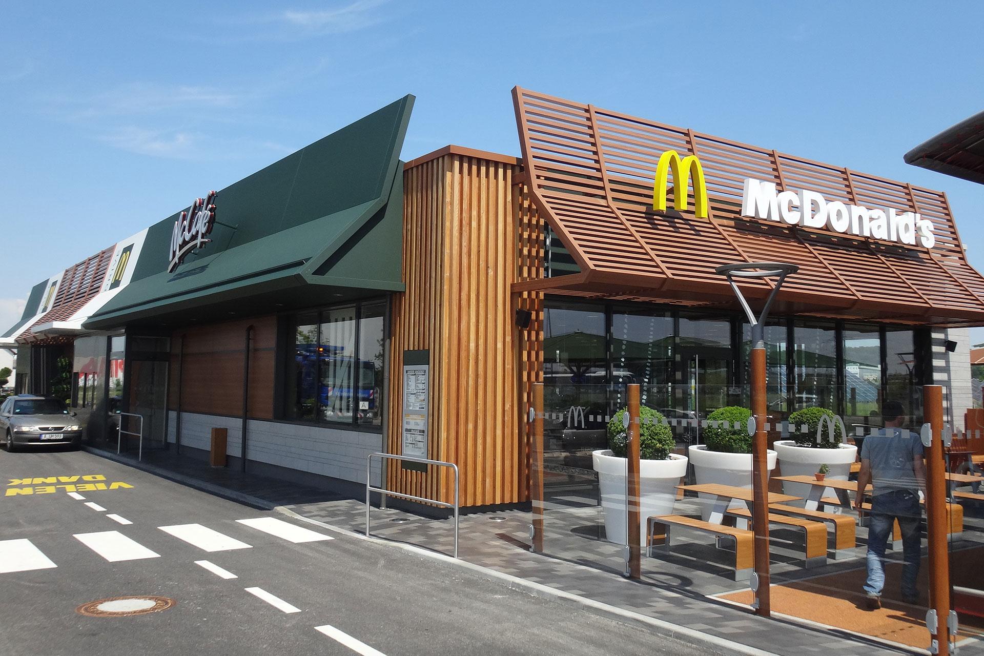 Projekte: Neubau McDonald's-Restaurants Standard-Design - Neubau McDonald's Restaurant Friedberg