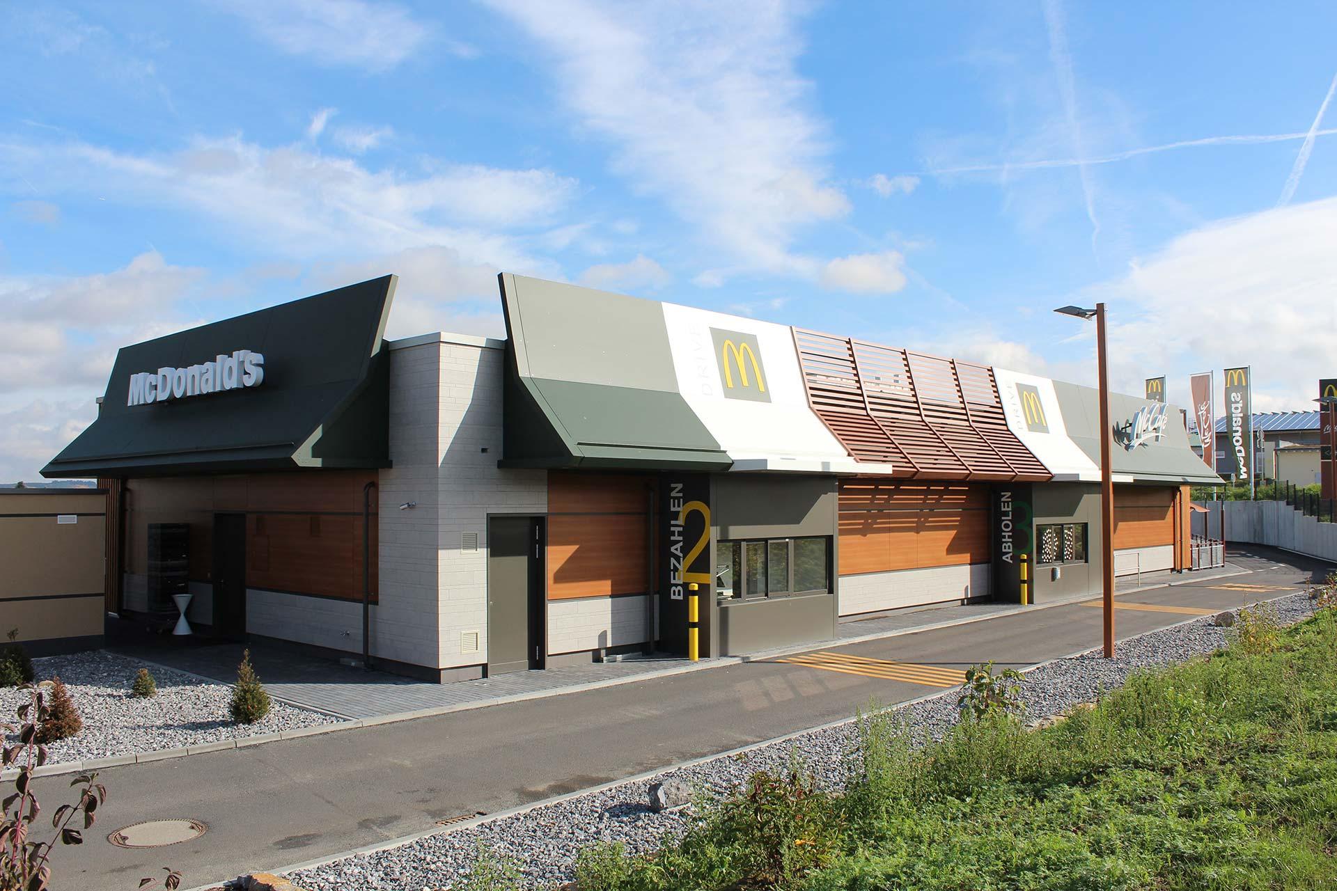 Projekte: Neubau McDonald's-Restaurants Standard-Design - Neubau McDonald's Restaurant Neu-Anspach