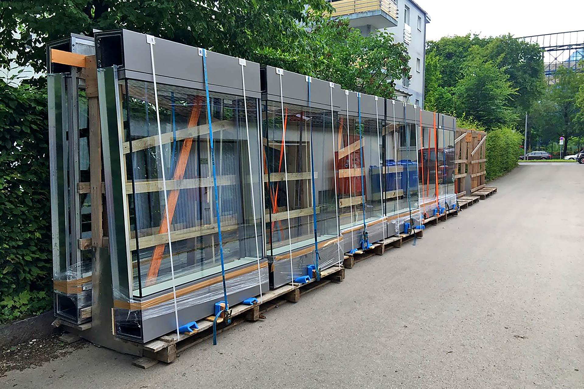 Projekte: Chiemgaustraße in München (2020-2021) - Anbringen von Schallschutzelementen