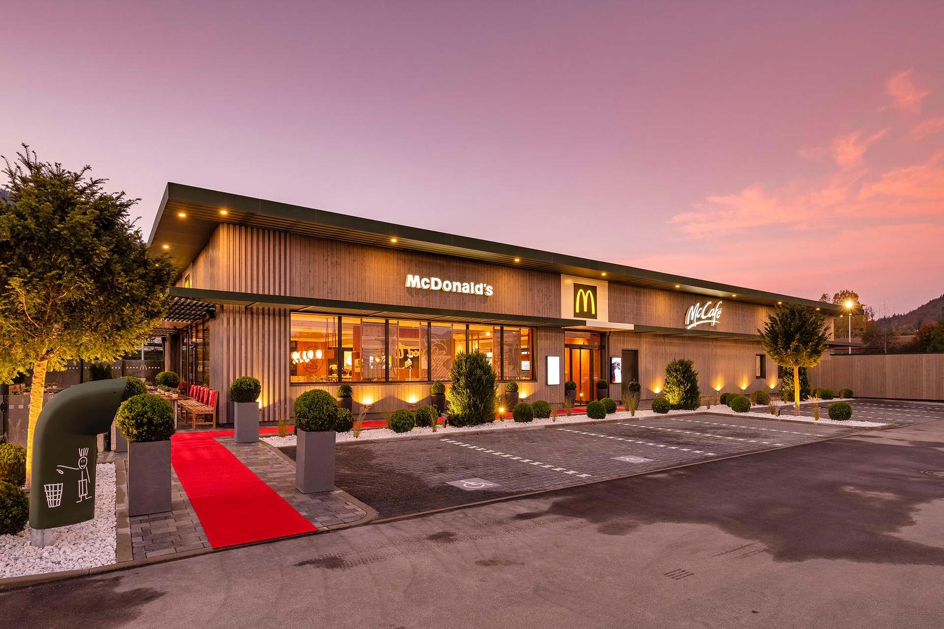 Alusysteme - Metallbau Bellmann GmbH: McDonald's in Kiefersfelden